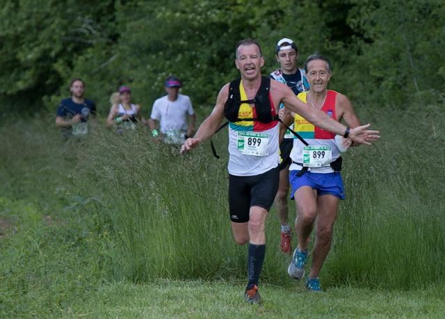 Céline et moi perdons 2 places dans les 200 derniers mètres.....